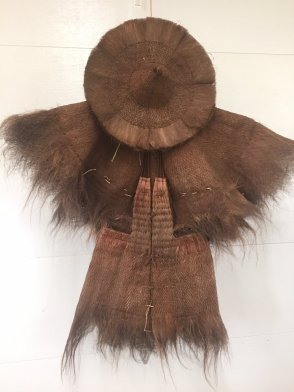 19th Century Farmer's Raincoat and Hat (Suo Yi)