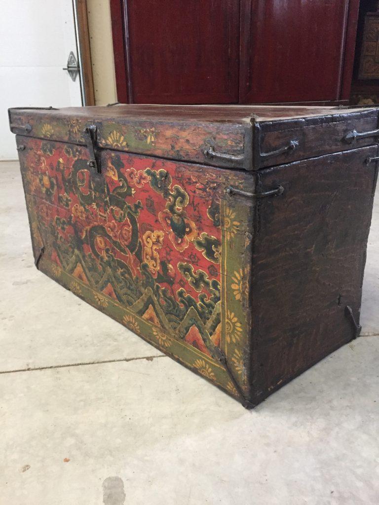 Dragon Design Tibetan Trunk